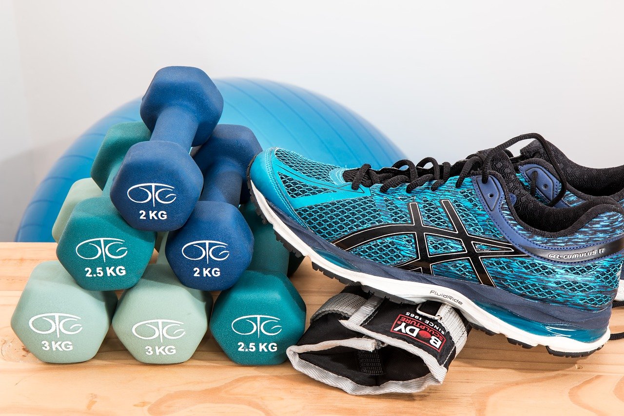 Hand weights and a sneaker